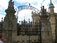 Jonathan Creek - The Grinning Man, Gates to Metropolis (Knebworth House)